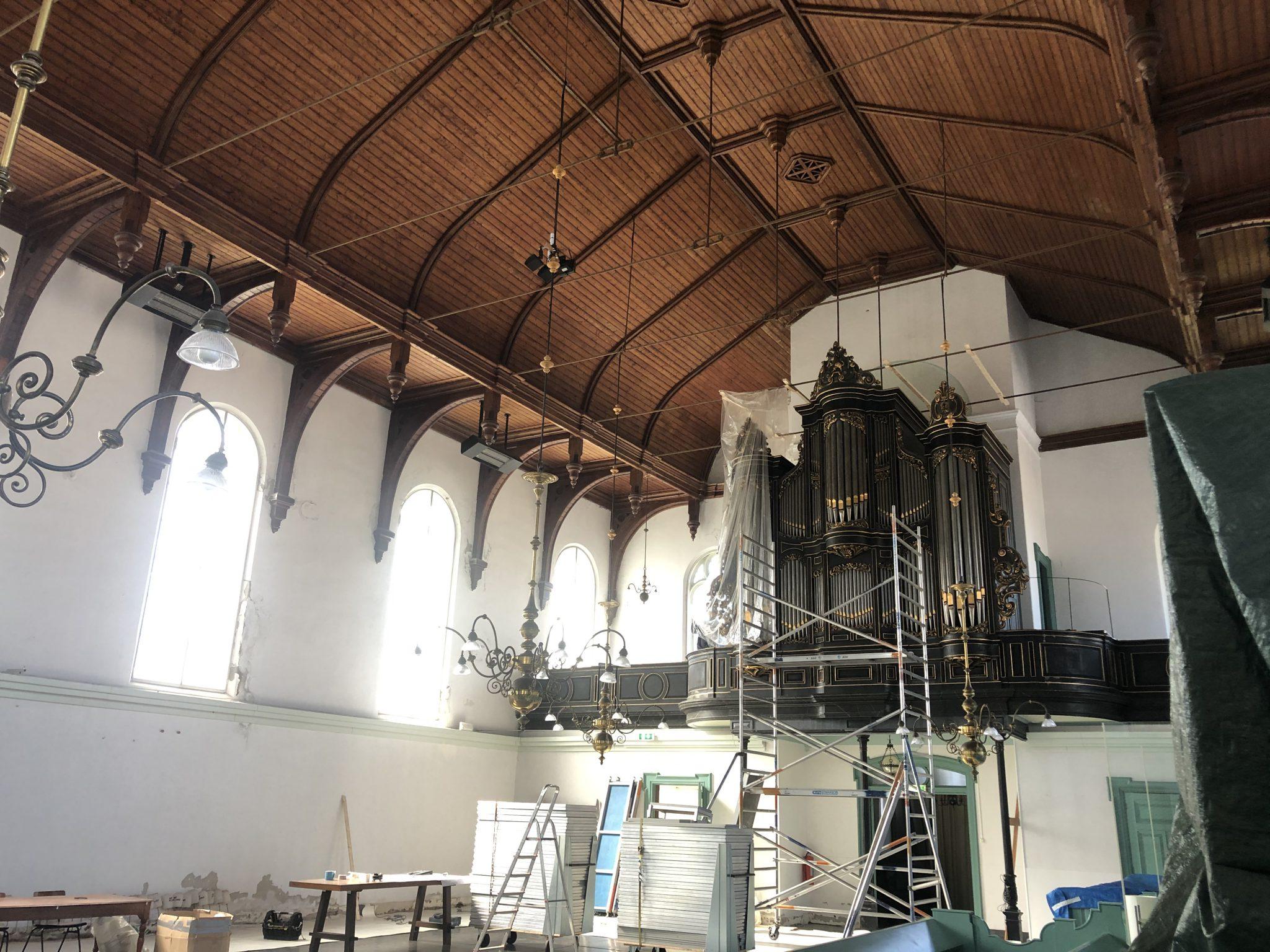 Project Berkhout Kerkebuurt vochtproblemen kerk injecteren vochtvrij vochtwering